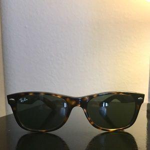 Ray-Ban Tortoise Wayfarer sunglasses